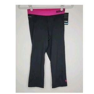 NEW Nike Size S Capri Pro Legging Black Pink